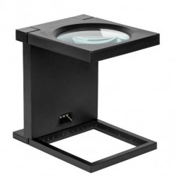 Stand cu lupa 108mm 2.5D iluminare cu 3 LED-uri